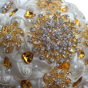 Image 5 - WifeLai A 1Piece Gold Crystal Ivory Cream Rose Brooch Wedding Bouquet Mariage BridalBouquet Pearl Flowers buque de noiva PL002