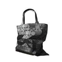 Новое поступление 2017 года Большие европейские сумки женские Сумочка Элитный бренд геометрический Лето лазерная сумка женские большие диза...