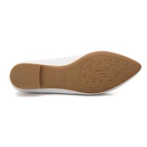 Image 4 - YALNN 2019 Neue Frauen Schuhe Flache Leder Plattform Heels Schuhe Weiß Frauen Spitz Leder Mädchen Wohnungen Schuhe