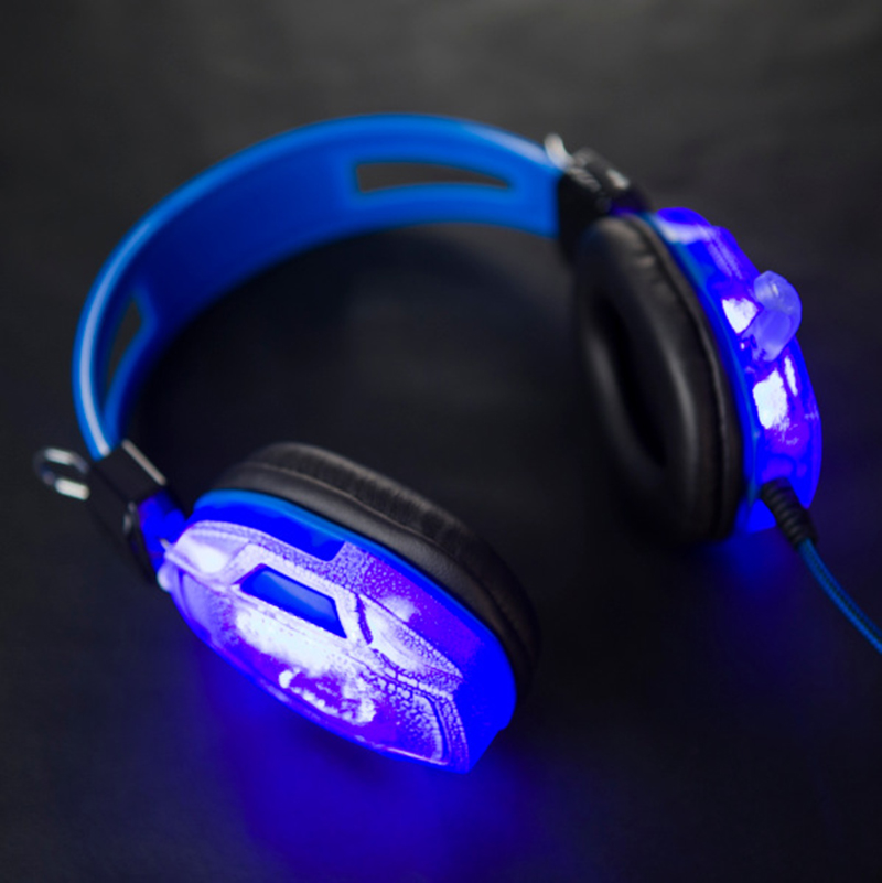 TYAYA Luminous Headphones Stereo PC Gamer Hifi 3 .5mm LED Light Headset Wired Gaming Glowing in the Night Microphone For Laptop keenion kdm 311a 3 5mm wired stereo game headset w microphone black