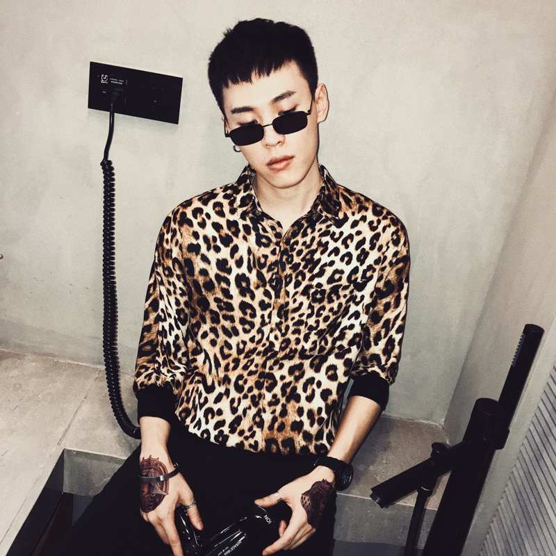 d6740d2b2fd 2019 Summer trend male loose personality leopard print shirt Korean fashion  casual seven-point sleeve