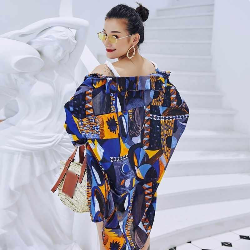 TWOTWINSTYLE Camisa estampada de gasa para mujer cuello de solapa de manga larga de gran tamaño Harajuku blusa Tops mujer verano playa 2019 ropa