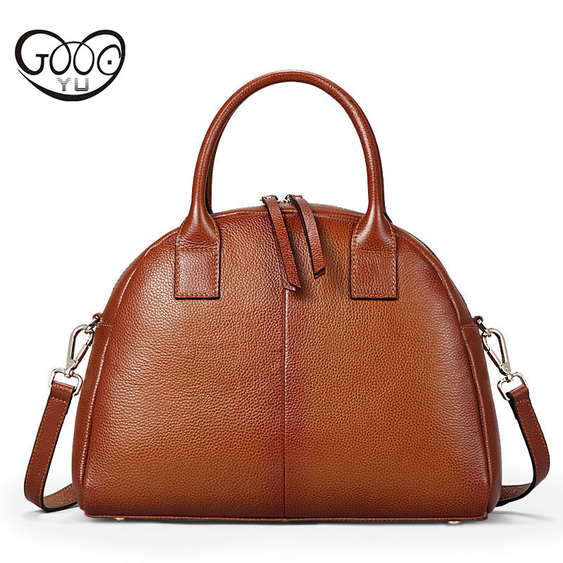 Europe and the United States retro elegant portable small bag head leather simple fashion solid color shell type shoulder Messen europe and the united states fashion leather handbags 2017 new retro hit color decals leather small square bag shoulder bag