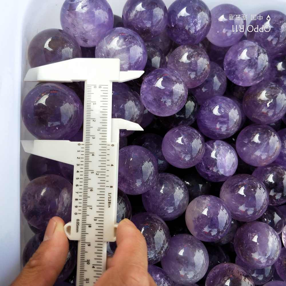 Wholesale high quality Healing Crystal ball Natural Purple Amethyst Quartz  Gemstone Ball Divination Sphere stones and crystals