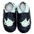 Zapatos de bebé de cuero mocasines primero caminantes zapatos de bebé recién nacido azul oscuro chico zapatilla zapato infantil del muchacho del niño de los niños de la muchacha