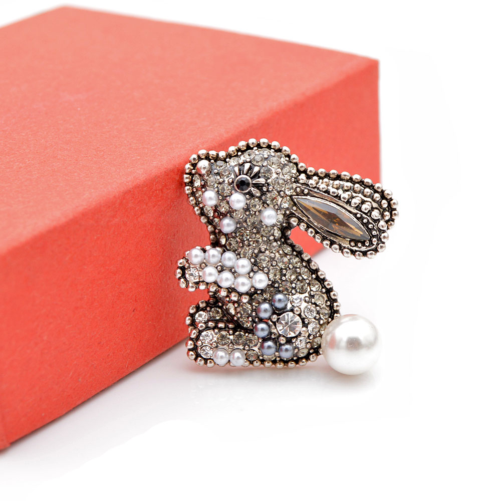 CINDY XIANG new arrival 2 colors choose rhinestone rabbit brooches for women kids pins cute carton style bonny brooch good gift in Brooches from Jewelry Accessories