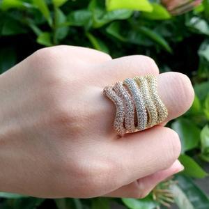 Image 2 - ModemAngel, роскошная линия, специальный дизайн, блестящие стразы, медное кольцо, браслет, набор, обручение, широкие, большие, браслеты для женщин, бижутерия
