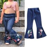 2018 весна дети девочки джинсовые штаны с цветочным рисунком с вышивкой для маленьких девочек цветочные джинсы для малышей Модные расклешенн...