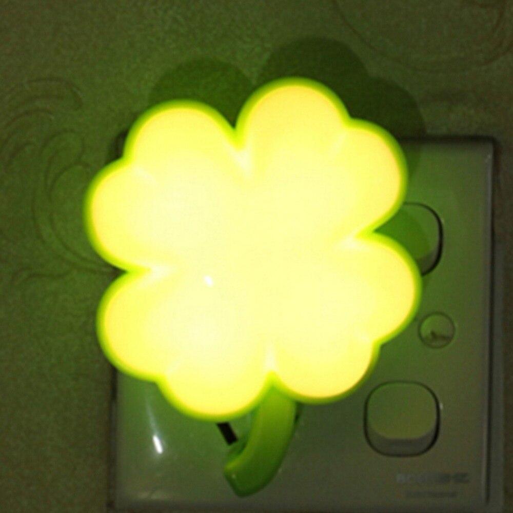 Novelty Cloud Shape Night Light Childrens Bedroom LED Light Mini Cloud Lamp Emitting Room Decor Gift for Kids Baby 1567