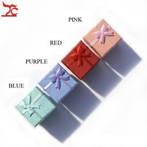 Image 1 - Toptan 48 adet/grup moda mücevher kutusu, çok renkler yüzük kutusu, takı hediye paketleme küpe tutucu durumda 4*4*3CM