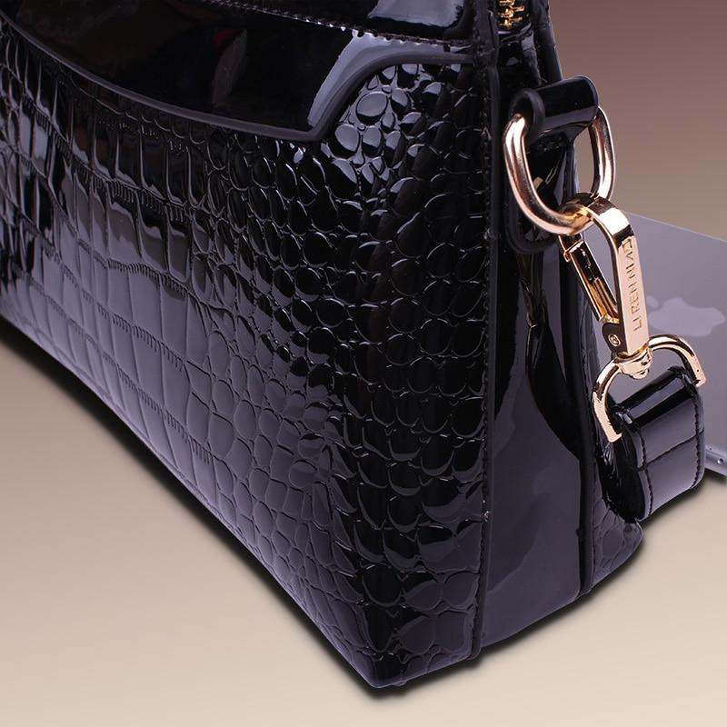 Women s Patent Leather Handbags All match Alligator Shoulder CrossBody Bags  Ladies Fashion Messenger Bag Hobos Women Bags-in Shoulder Bags from Luggage  ... d1ab7844bf