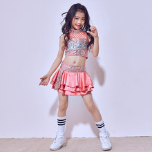 Lentejuelas niñas salón de baile Jazz Hip Hop danza competición traje Tops  falda scok trajes para niños baile ropa 15bfc5287a7
