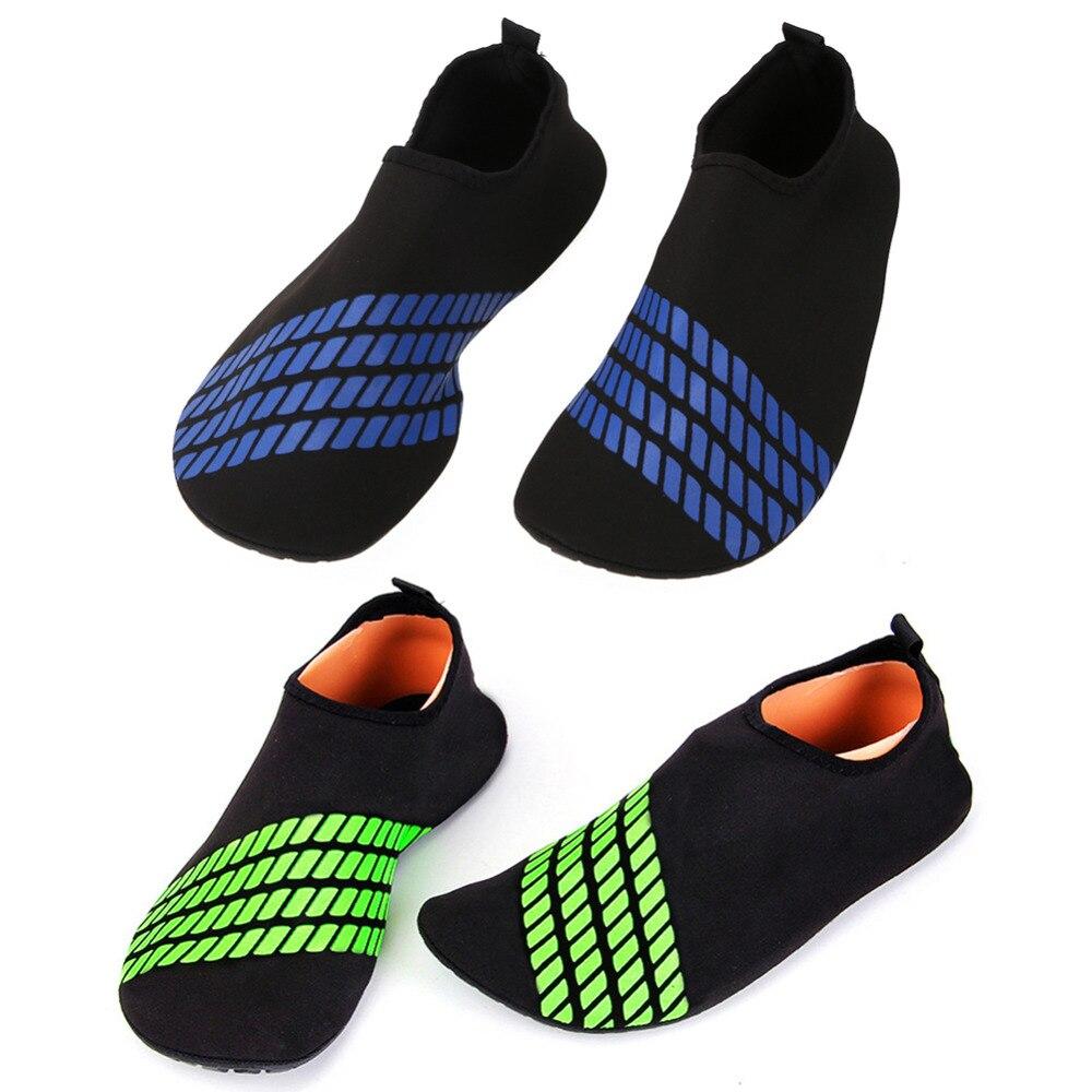 Bleu enfant taille 11 surf aqua chaussures de plage natation eau chaussures wetsuit chaussettes-afficher le titre d'origine