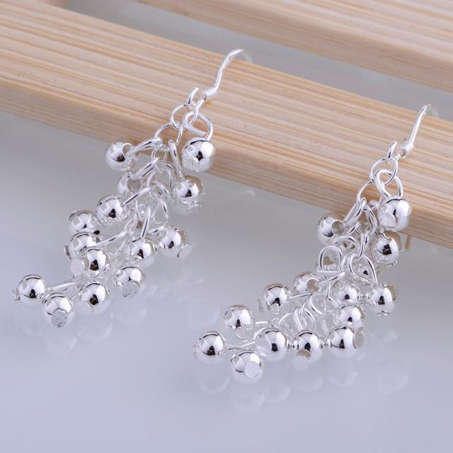Silver plated earrings ,  silver fashion jewelry , grape shiny  /cdrakuya duzammga LQ-E008