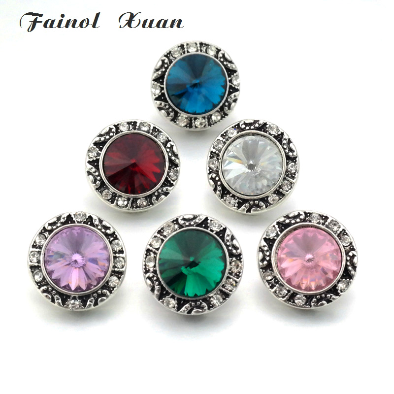 6PCS / lot Wholesale New Rhinestone 18mm Flower Button with Colorful Alignment Jewelry Fits Bracelets and Necklaces B001