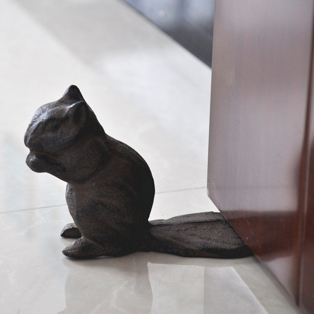 Chipmunk Cast Iron Squirrel Door Stop   Decorative Rustic Doorstop Wedge  Statuary   Stop Your Bedroom
