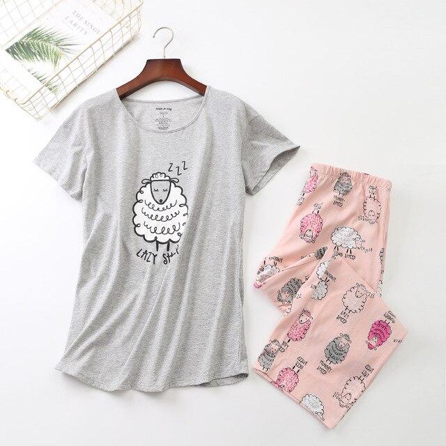 New 2019 Summer Women Pajamas Cotton Print Pink Sheep Pajama Set Top + Capris Elastic Waist Plus Size 3XL Lounge pijamas S92905