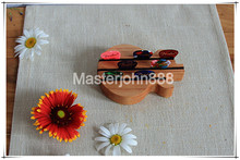 Natural Wood Acoustic/Electric Guitar Body Picks Holder Display Table With Free Guitar Picks Plectrums