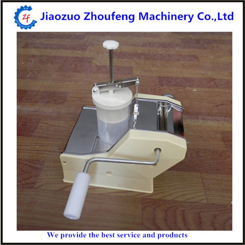 Chinese factory sale manual household dumpling making machine high quality household manual hand dumpling maker mini press dough jiaozi momo making machine