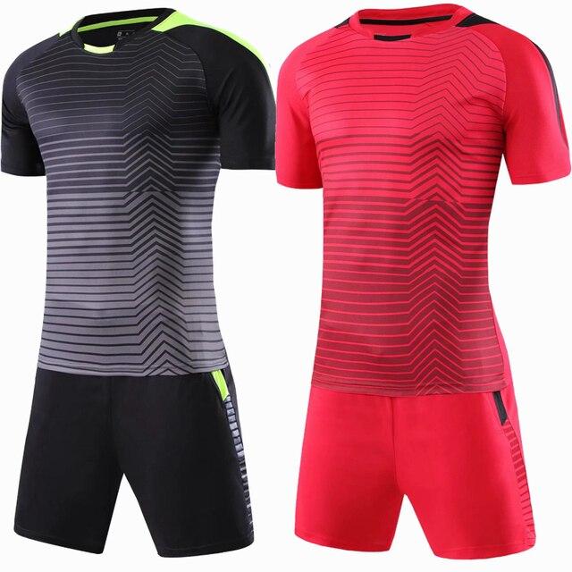Custom nuevos hombres adultos fútbol Sets de fútbol Jersey uniformes futbol  entrenamiento Trajes transpirable rayas manga. Sitúa el cursor encima para  ... 88c0a1bfdd35c