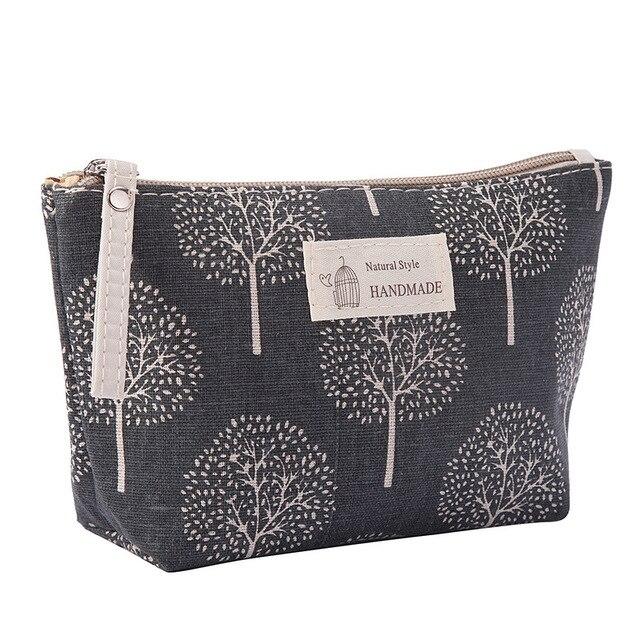 f04c60e10b4934 Aliexpress.com : Buy Women Plaid Travel Cosmetic Bag Makeup Bag Handbag  Female Zipper Purse Small Cosmetics Make Up Bags Travel Beauty Organizer  from ...