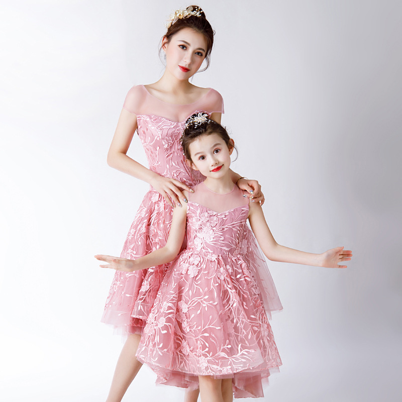 Mother Daughter Sleeveless Dresses Summer New Style Pink Sweet Lovely Printing Simple Elegent Short Mother And Daughter DressesMother Daughter Sleeveless Dresses Summer New Style Pink Sweet Lovely Printing Simple Elegent Short Mother And Daughter Dresses