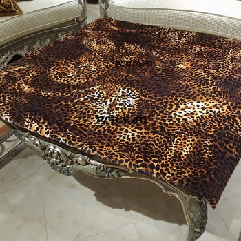 2018 New Arrivals Tablecloth Thicken Velvet Fabric Dinning Leopard grainTable Covers High-end Table Cloth