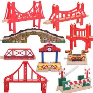 Friends Wooden Bridge Bus Stat
