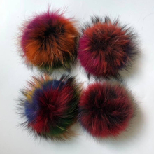 цены fur pompoms for cap fur pompoms 18CM real raccoon fur pompoms balls real fox fur Colorful pompoms for hat  Apparel Accessonies