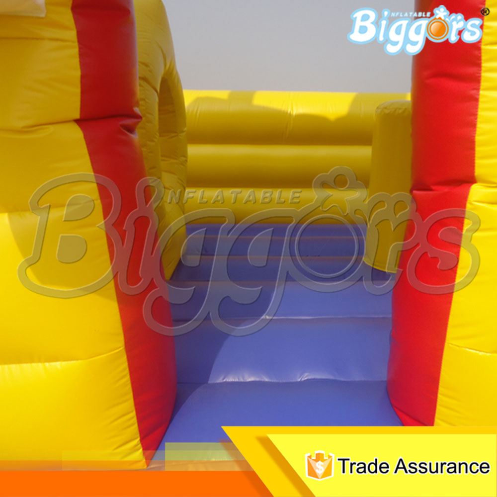 1064 inflatable bouncer (2)