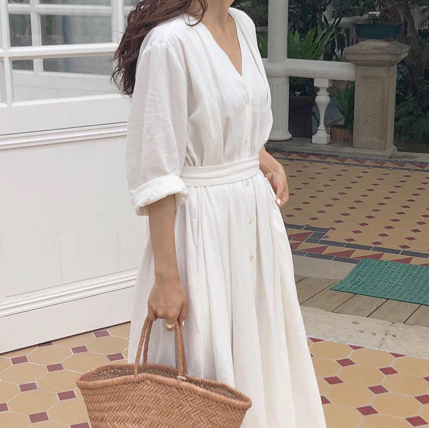 新 2019 女性ドレス春夏コットン legant 女性プリーツロングホワイトドレス V ネックレースアップ弓