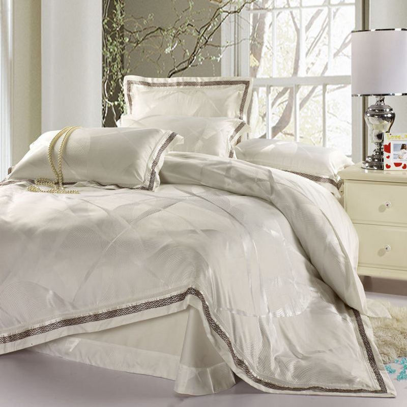 white satin bed sets duvet cover king queen size 4pcs jacquard silk bedclothes bedding set. Black Bedroom Furniture Sets. Home Design Ideas