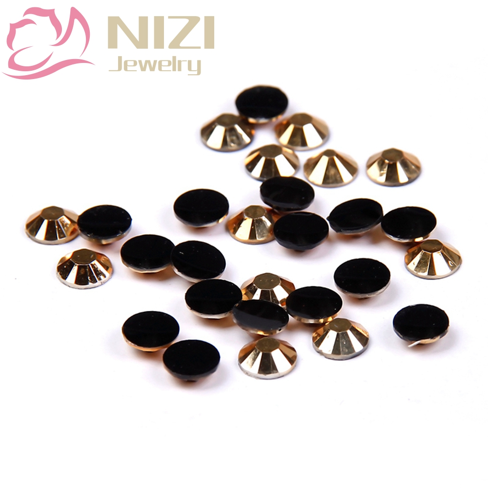 Resin Strass Nail Art Rhinestones 2-6mm Gold Color 14 Facets 3D Nail Jewelry Glitter Decorations Flatback Non Hotfix gitter 2 6mm citrine ab color resin rhinestones 14 facets round flatback non hotfix beads for 3d nail art decorations diy design