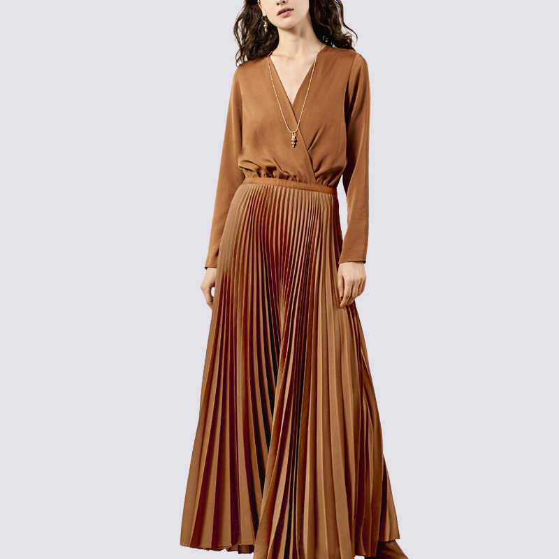 d488ba2e599c Detail Feedback Questions about Runway Designer V Neck Long Sleeve Maxi  Dresses Women 2019 Spring Vintage Camel Solid Pleated Long Party Dresses  Robe Femme ...