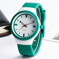 Casual Children Watch 30 Meters Water Resistant Simple Sport Silicone Band Strap Waterproof Wristwatch Green Kids