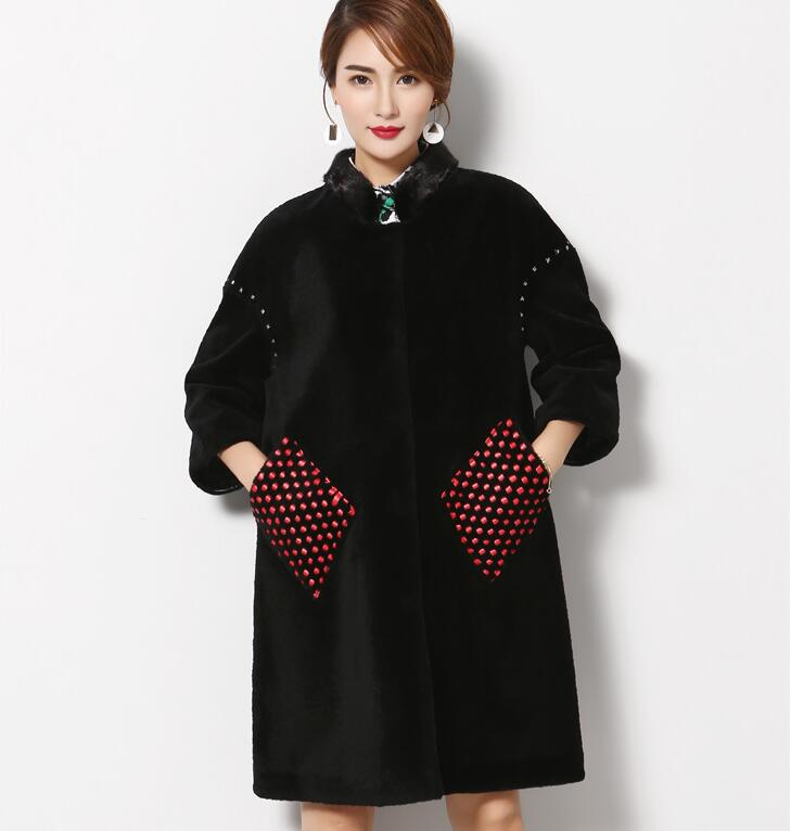 New Reay Fur Women's Jackets Sheep wool coat long style   printing Black Wool Coat  Sequin pocket design personality  Fur