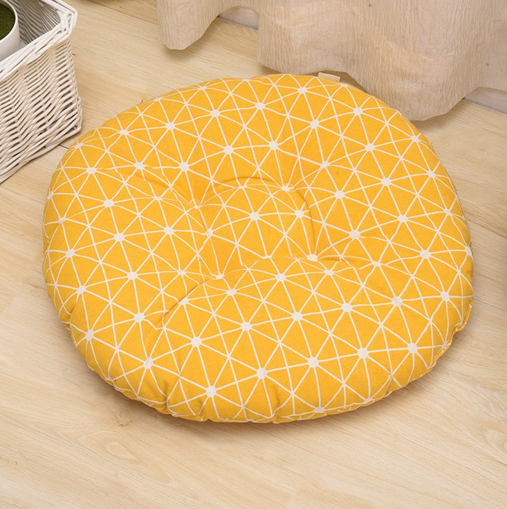HTB1eZFdBZuYBuNkSmRyq6AA3pXaq Round Shape 2 Size Seat Cushion Silk Cotton Core Cotton Polyester Tatami Cushion Pillow Home Decoration Car Soft Sofa Cushion