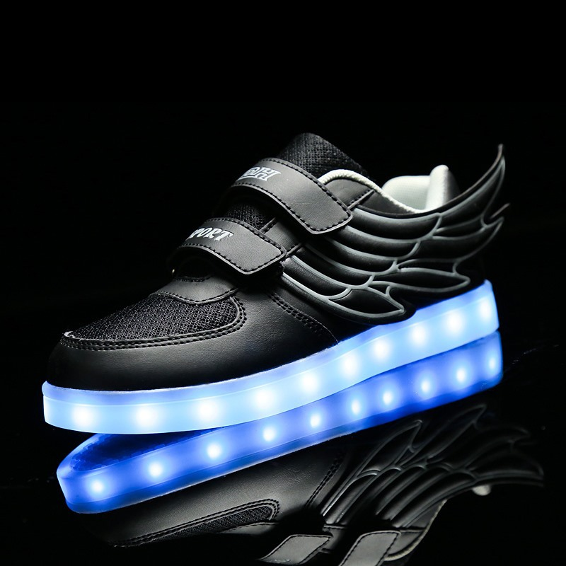 ФОТО New comfortable & breathable LED Casual Shoe chaussure Wing simulation Light trainers led laces male shoe Luminous CN Size 25-37