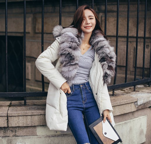 Large Real Fox Fur 2017 Winter Jacket Women Natural Fur Collar Hooded Down Jacket For Women
