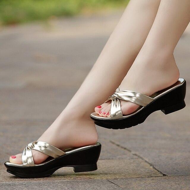 جلود الأحذية الأم جلد طبيعي النعال 2017 الصيف مريحة منتصف الصنادل حجم كبير 40 42 schoenen vrouw