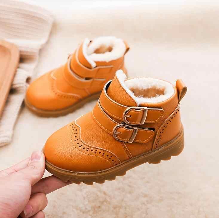 Sıcak Marka Kürk Bebek Erkek Kış Kar Botları Çocuk Erkek Botları Ayakkabı Çocuk Moda Deri Avustralya yarım çizmeler Yumuşak