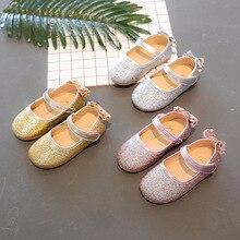 Милые детские туфли принцессы для девочек; Повседневная блестящая детская обувь на плоской подошве с цветочным узором; обувь для девочек с бантом-бабочкой; цвет розовый, серебристый, золотой