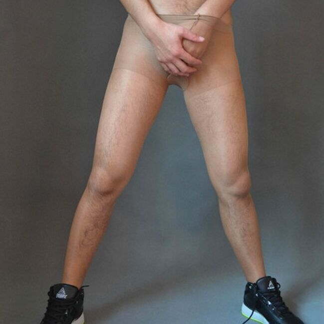 Using pantyhose to attract men