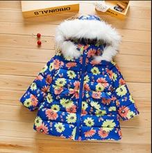 Горячая! 2016 высокое качество зимней детской одежды большой цветок девушки пуховик с капюшоном лыжный одежда теплое