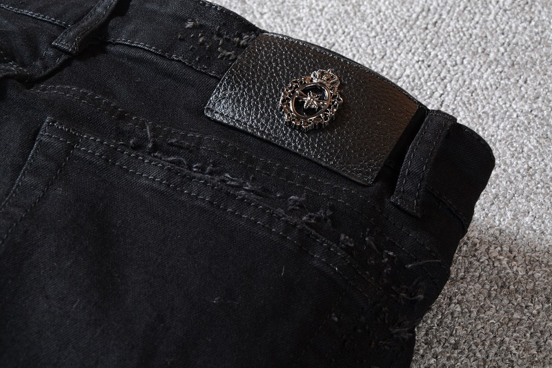 Men's Distressed heart Embroidered Skinny Black Jeans  4