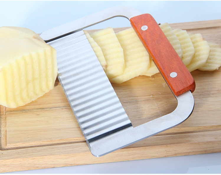 Stainless Steel Potato Wavy Edged Knife Kitchen Gadgets Vegetable Fruit Peeler P