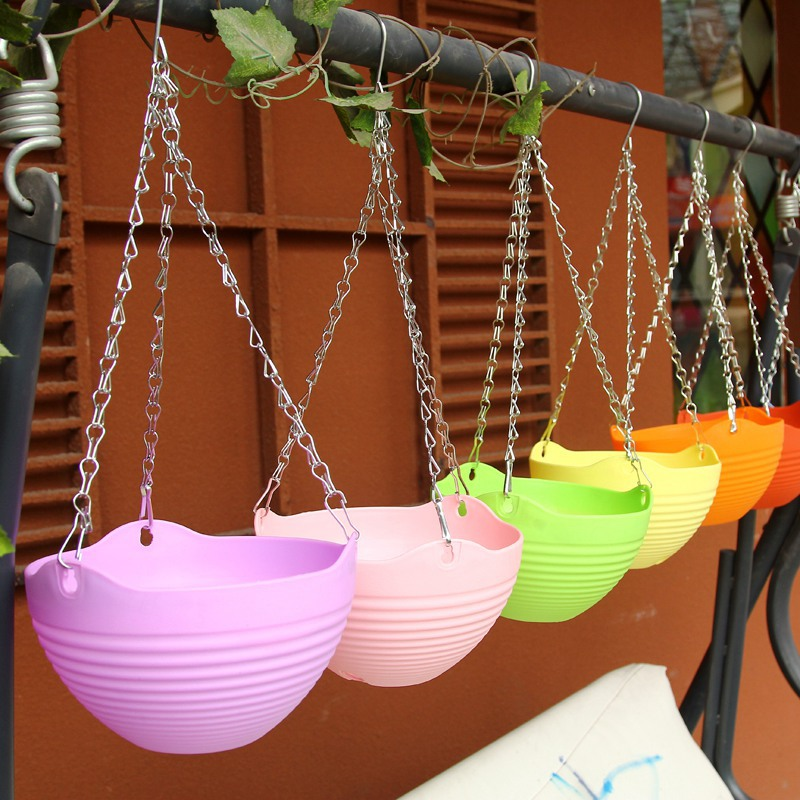 Plastic Hanging Baskets For Plants: Round Plastic Resin Chain Hanging Baskets Planter Hanging