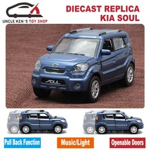 Diecast Kia Soul Scale Model Car, Kids Metal Brand Toys Collection Gift With Openable Door/Pull Back Function/Music/Light