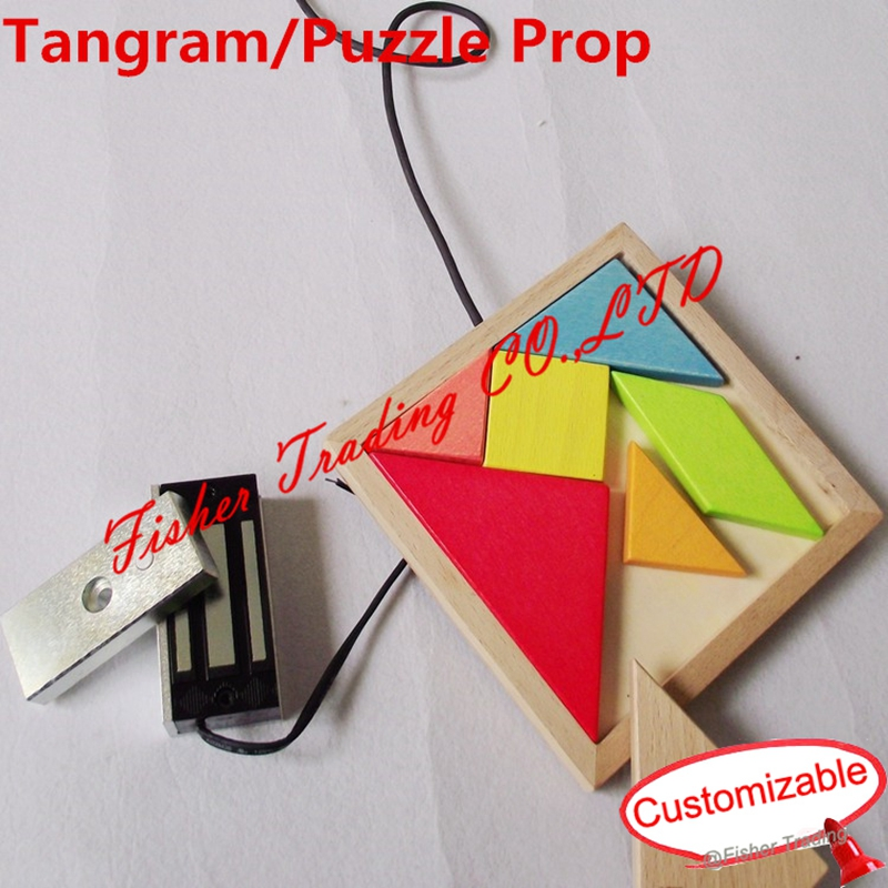 Takagism game in real world, real jigsaw puzzle, tangram puzzle to open the door, jigsaw game of real escape
