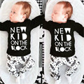 Baby Infant Clothing Set Spring 2016 New Boy's Black White Long-sleeved Letters Feathers Suit for Boys Children's Clothes BBS043